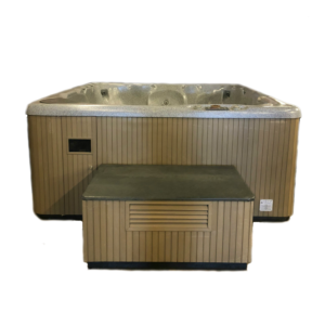 Refurbished Beachcomber 730 hot tub